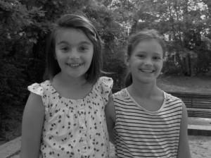 Ella & Lilly